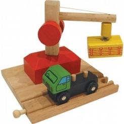 Grúa magnética y vagón de mercancías